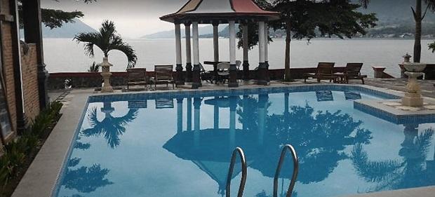 Menikmati Keindahan Danau Toba dari Pulau Samosir