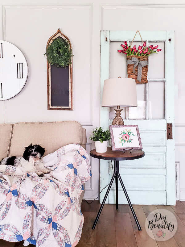 farmhouse vignette