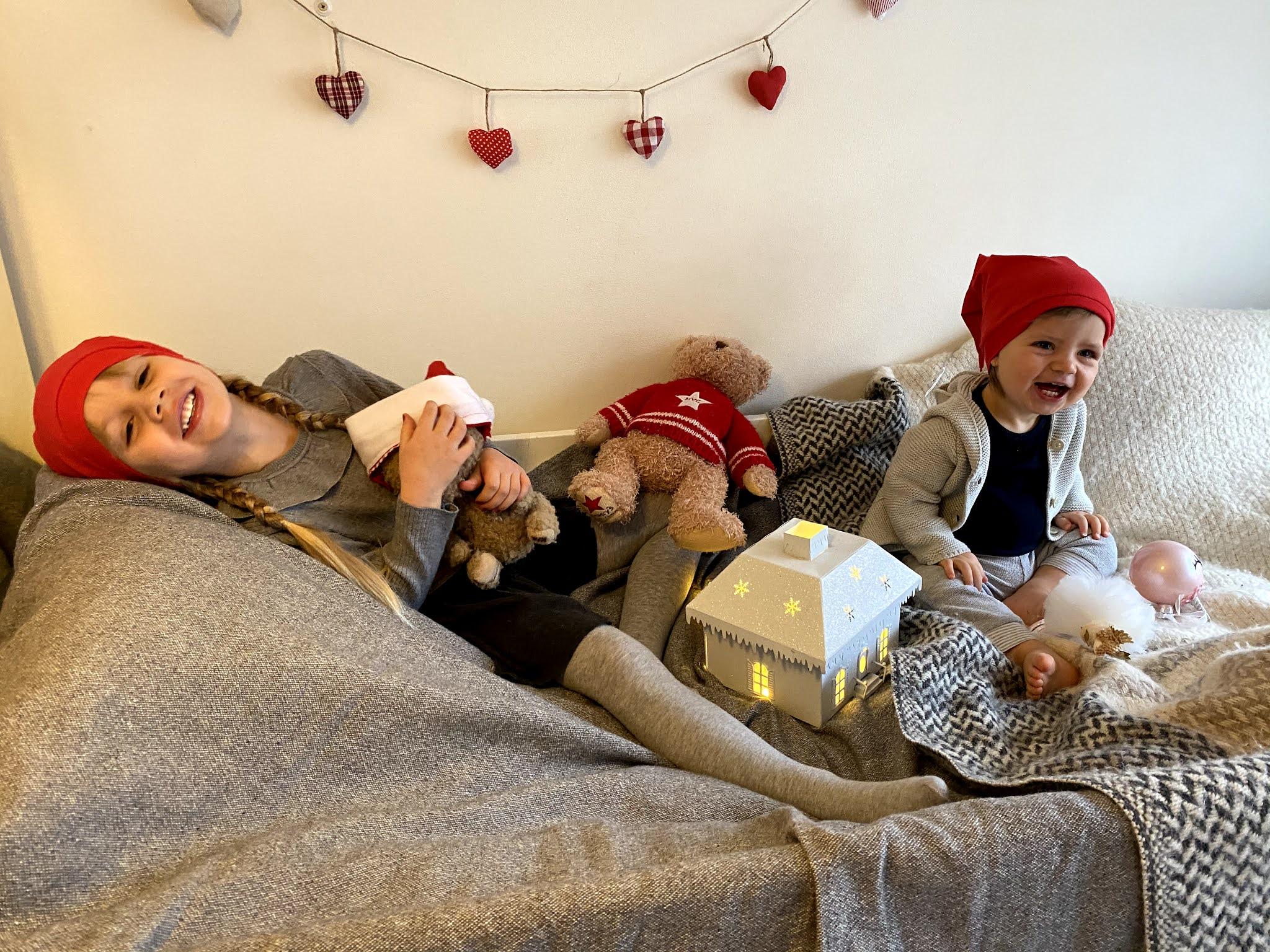 tee-se-joulukorttikuvauksessa ilo on tärkeintä
