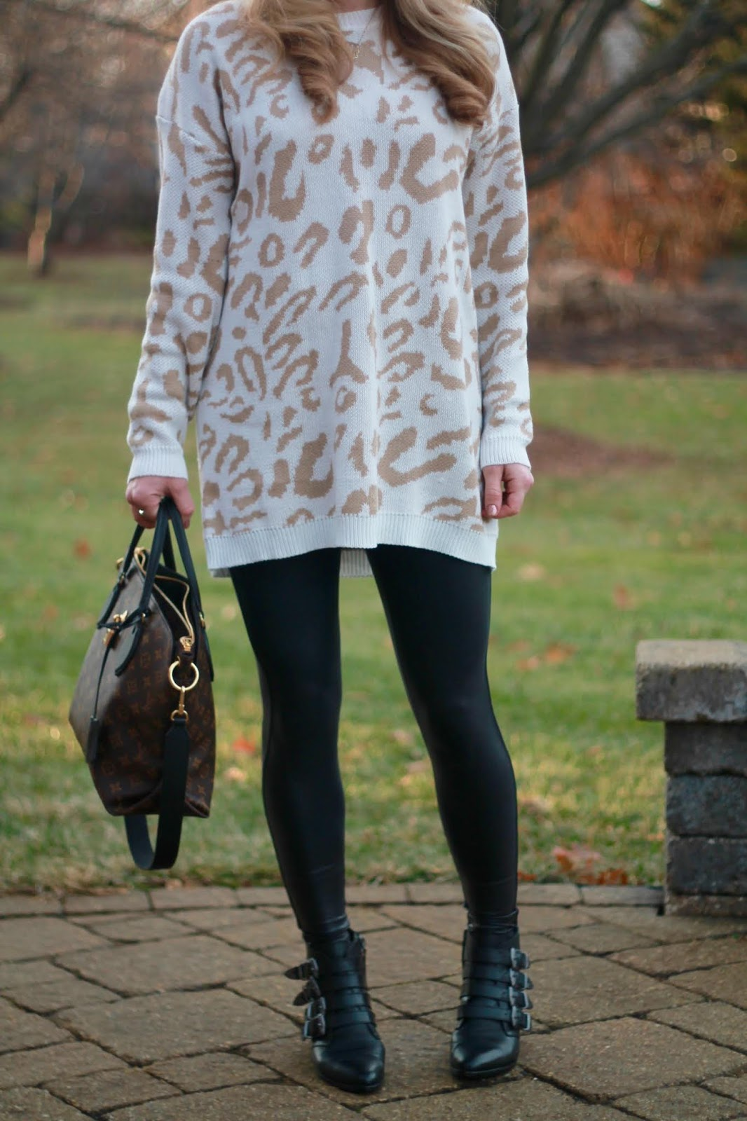 neutral leopard tunic, headband, spanx leather leggings,