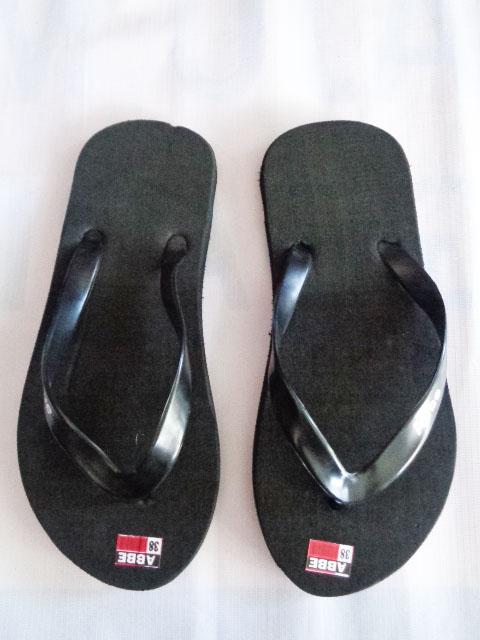 Sandal Jepit Polos Hitam Murah