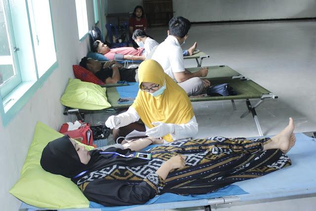 Tekan angka kematian ibu, Pemdes Pringgasela Timur gelar donor darah