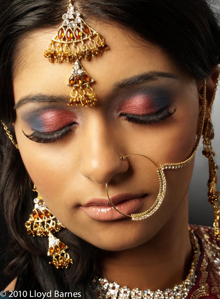 OmegaArt: Pengantin Wanita India Dengan Tampilan Anggun ...