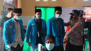 Gandeng Polres Sumbawa PMII Adakan Vaksinasi Merdeka Di Desa Songkar