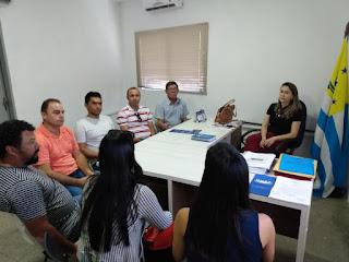 Vereadores de Algodão de Jandaíra se reúnem com Secretária de Saúde de Remigio para esclarecer sobre atendimentos no PA