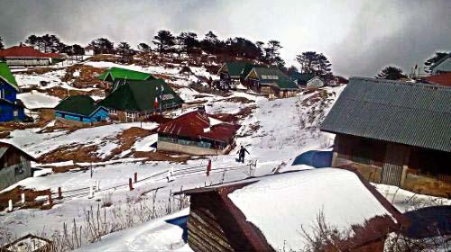 Darjeeling Sandakphu receives snowfall