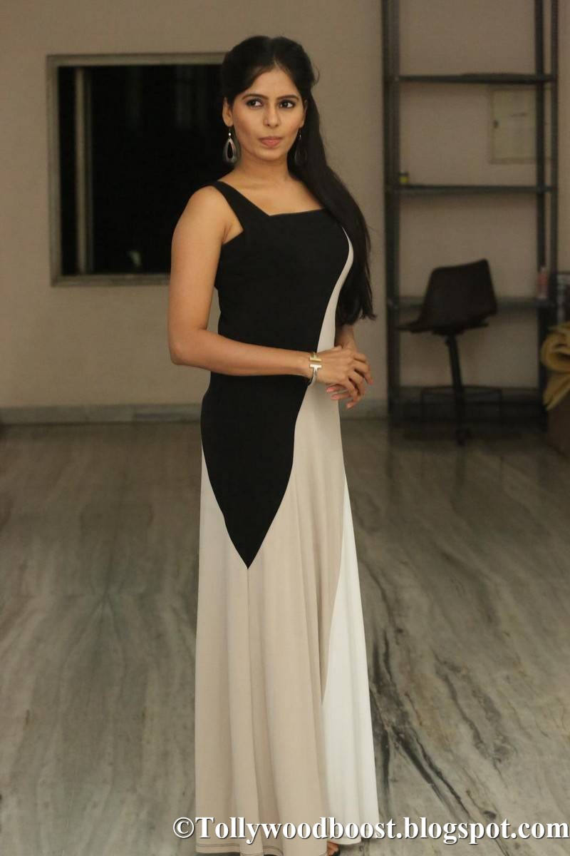 Telugu Actress Madhumitha Stills At New Film Audio Launch
