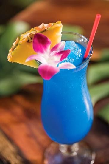 scrumpdillyicious the blue hawaiian a taste of waikiki. Black Bedroom Furniture Sets. Home Design Ideas