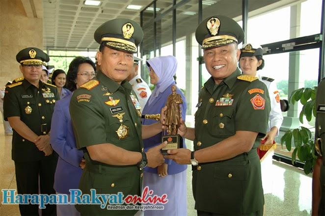 PANGLIMA TNI PIMPIN SERTIJAB 4 PEJABAT TINGGI TNI