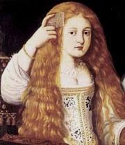 Vista parcial de un óleo en el que aparece La Calerona, jovencísima, peinando sus largos cabellos rubios. Lleva un vestido claro escotado y con bordados.
