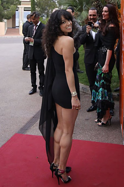 Michelle Rodriguez strong legs and calves
