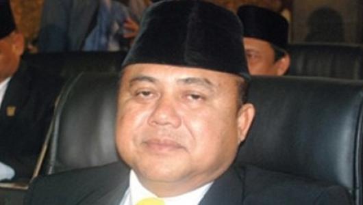 Wahyu Pernah Ingatkan Pemko Bangun Penahan Ombak di Pantai Padang