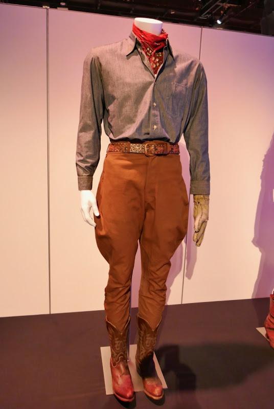 Colin Farrell Dumbo Holt Farrier movie costume