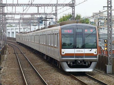 【7000系の次に廃車へ消滅!】東京メトロ10000系の急行 飯能行き