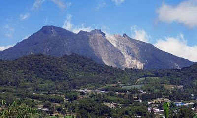 tanah karo, berastagi, puncak gunung, misteri gunung