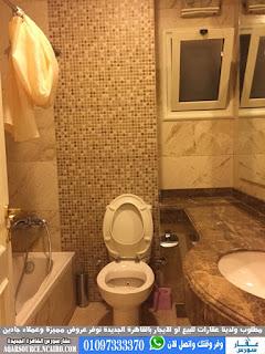 شقة للايجار بكمبوند منتجع النخيل التجمع الاول القاهرة الجديدة بالمطبخ والتكييفات 170 متر