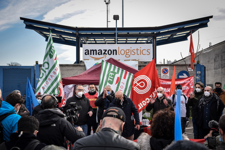 First strike of Amazon workers in Italy