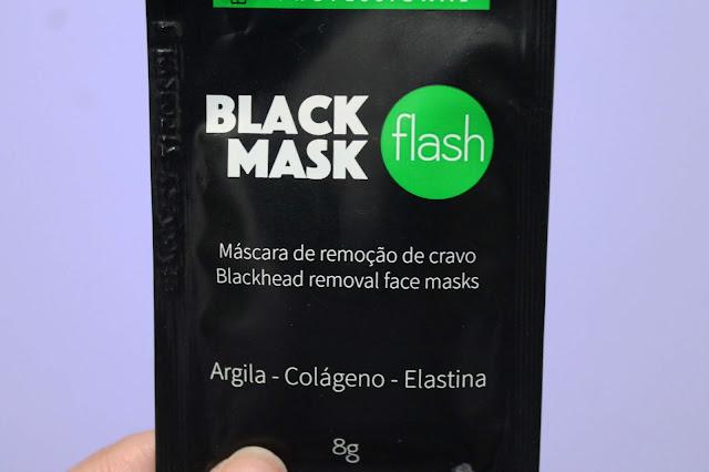Resenha da Máscara preta removedora de cravos