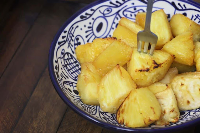 Air Fryer Brazilian Pineapple with Lime Dip