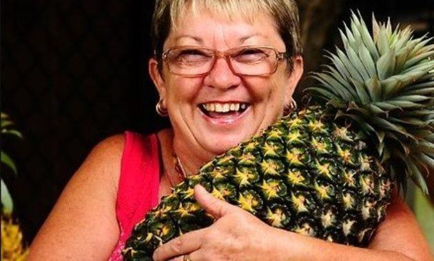 Buah nanas terbesar di dunia