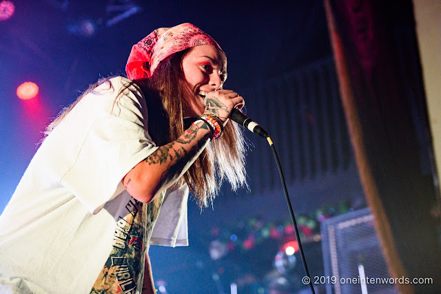 Lauren Sanderson at The Opera House on July 20, 2019 Photo by John Ordean at One In Ten Words oneintenwords.com toronto indie alternative live music blog concert photography pictures photos nikon d750 camera yyz photographer