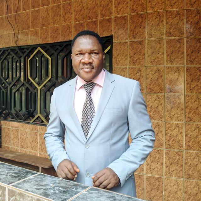 Mbah Thomas: Realtor Cameroon