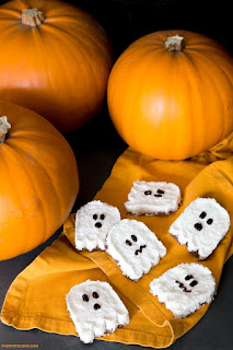 Vegan ghost Halloween treats