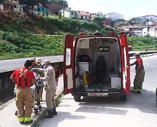 Homem passa mal enquanto dirige e cai em canal na cidade de Guarabira