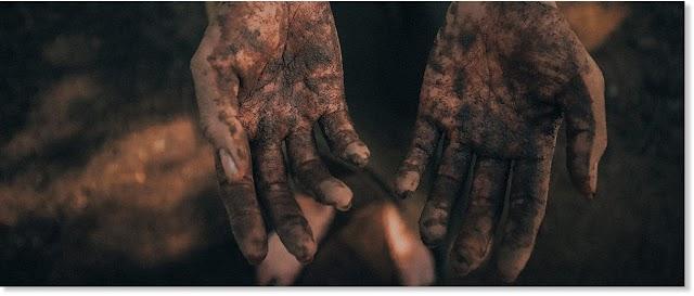 Το χώμα εδάφους μπορεί να βοηθήσει στην αναστολή θανατηφόρας αιμορραγίας από τραύματα