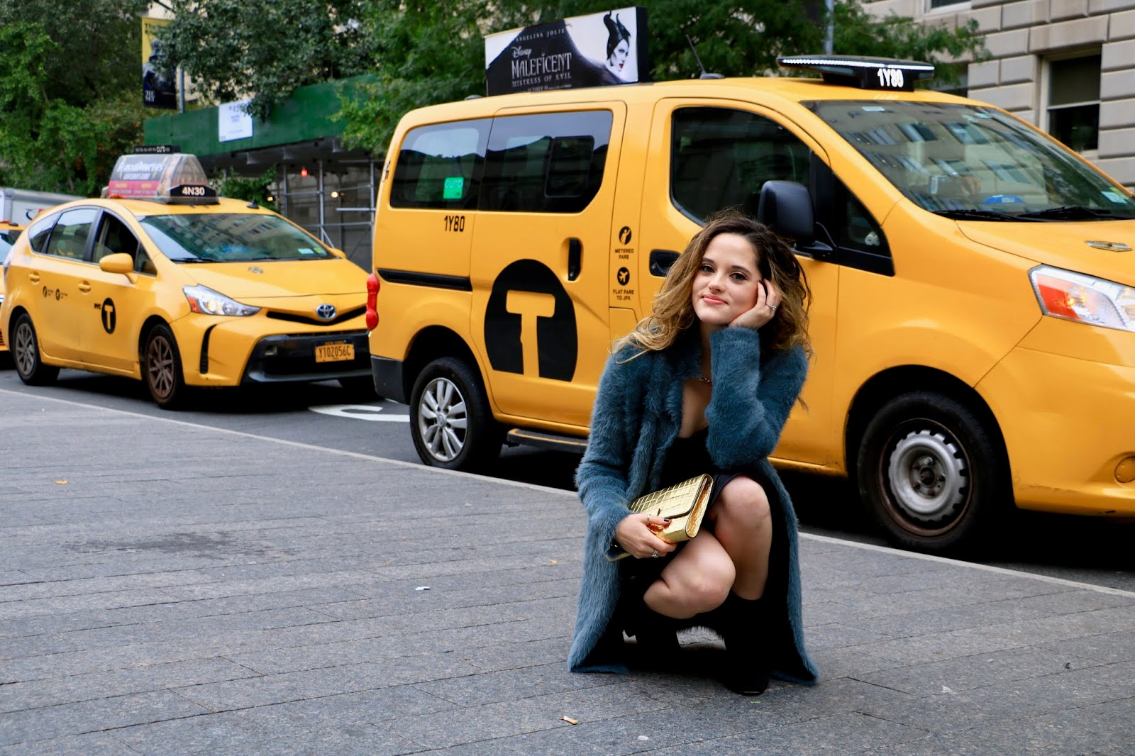 Nyc fashion blogger Kathleen Harper's fall street style.