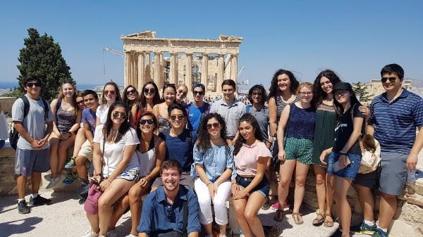 Ολοκληρώθηκε το Θερινό Πρόγραμμα Συγκριτικών Πολιτισμικών Σπουδών του Harvard στην Ελλάδα