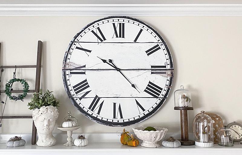 fall pumpkin mantel with clock