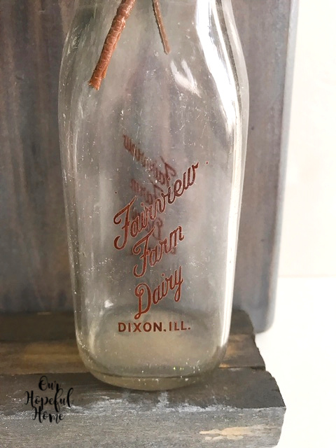 Fairview Farm Dairy Dixon Illinois vintage milk bottle