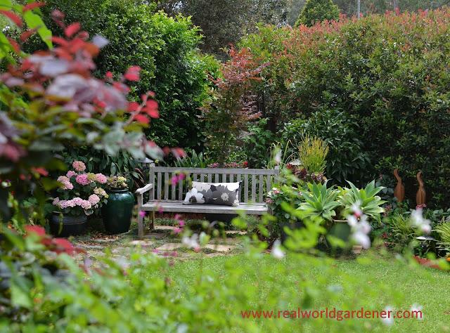 garden%2Bseating.jpg