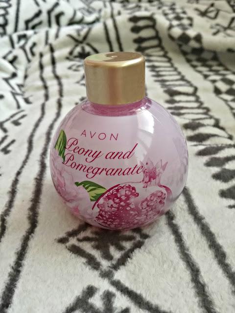 Płyn do kąpieli Peonia&Granat Avon - recenzja :*