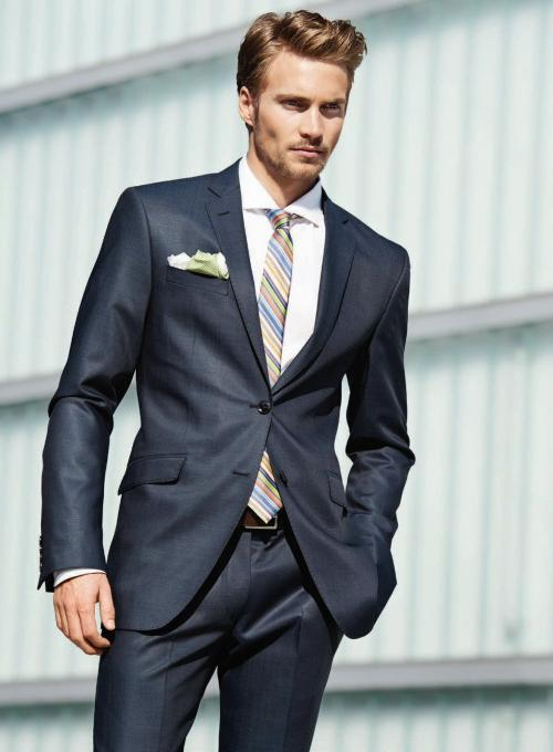 attractive-business-guys-in-suits-great-hairstyles-for-men