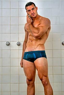 Speedo shower