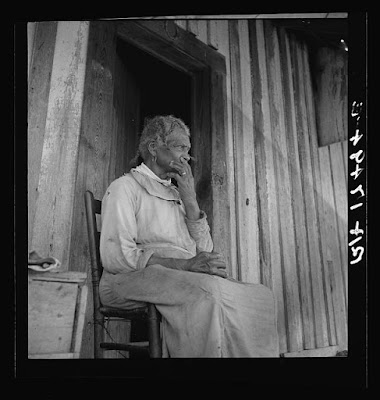 Cotton sharecropper; http://www.loc.gov/pictures/item/2017770271/