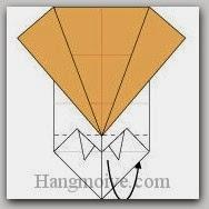Bước 8: Gấp cạnh giấy về mặt sau tờ giấy.