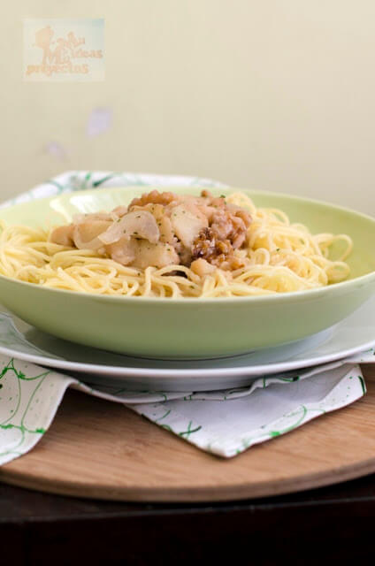 espaguetis-salsa-nueces-peras3