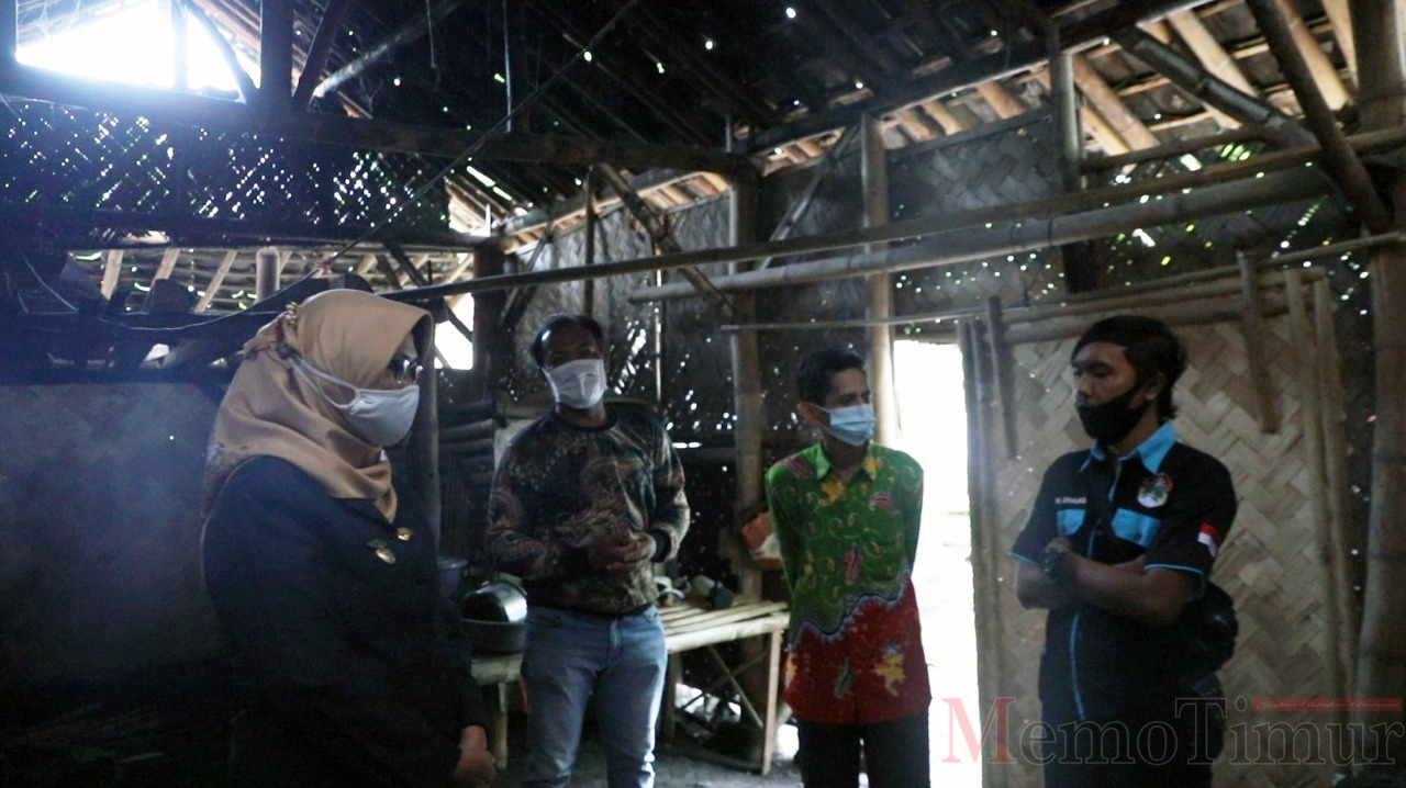 Baznas Salurkan Bantuan Bedah Rumah di Kecamatan Kunir