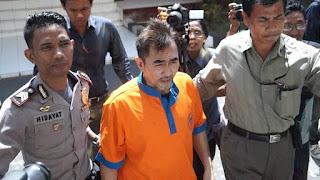 Gatot Brajamusti Terancam 20 Tahun Penjara