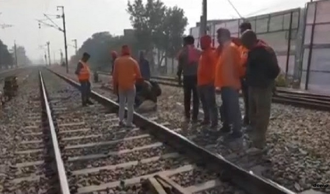 जमानियां: ससुराल दवा लेने आये युवक की ट्रेन की चपेट में आने से दोनों पैर कटे