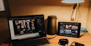 بسبب كورونا.. حرب سوق مكالمات الفيديو تتيح إمكانيات أكثر للصحفيين
