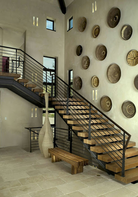 Decorating Ideas for Small Stairs