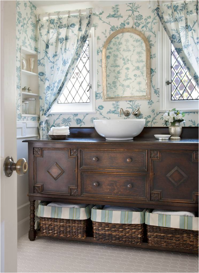Key Interiors by Shinay: Cottage Style Bathroom Design Ideas