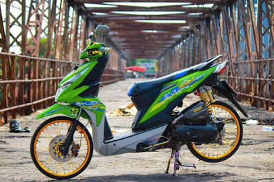Modifikasi Motor Beat Thailook