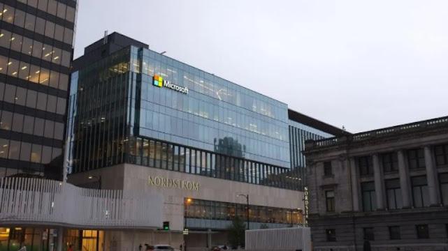 Microsoft becomes $ 2 trillion company