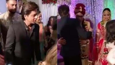 Shah Rukh Khan attends makeup man's wedding