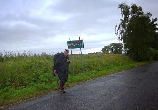 Na granicy wsi Unikowice.